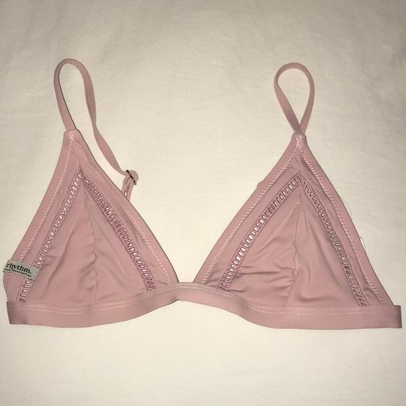 d281c1bae9 Rhythm My Bralette Bikini top in color Shell. M 5a44670b8df470938e0ba547